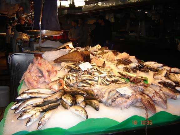 La Boqueria- mercado em Barcelona-Espanha
